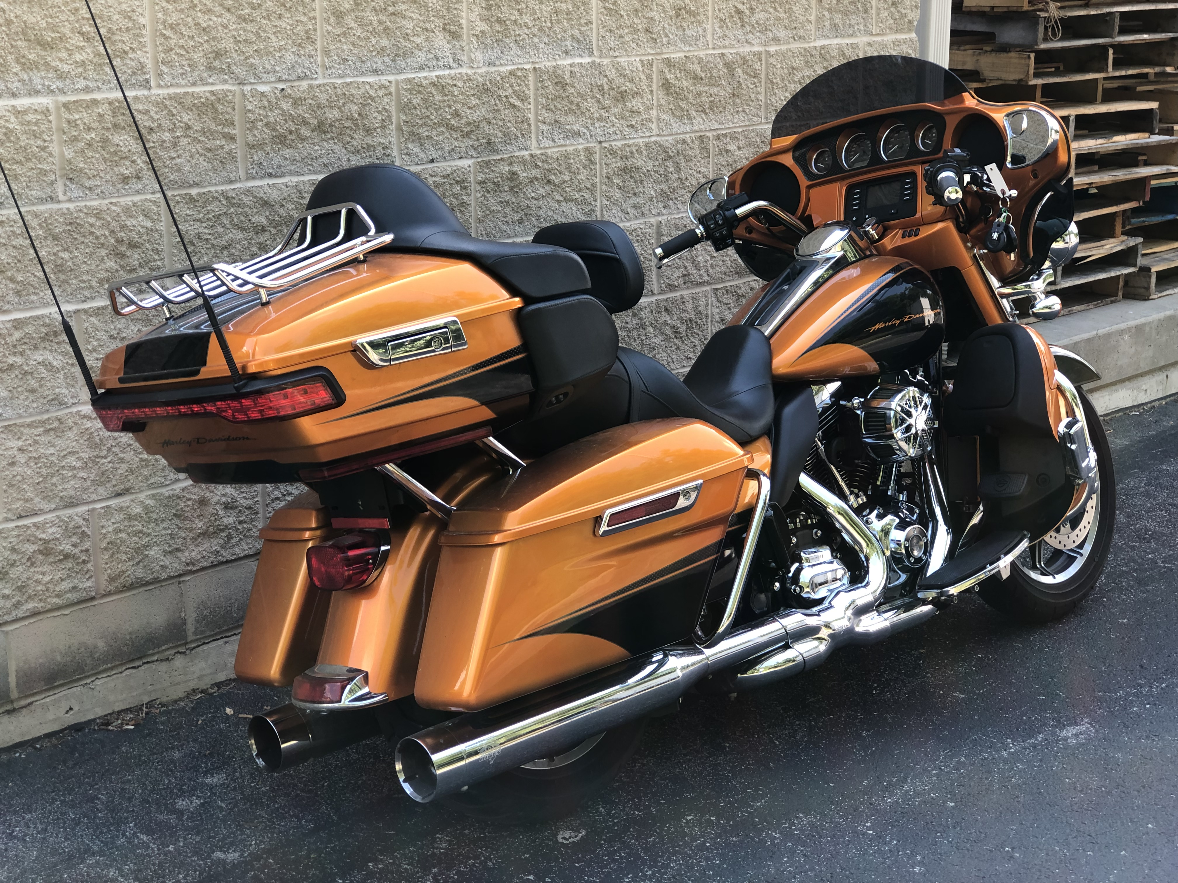 Pre-Owned 2015 Harley-Davidson Ultra Classic Low in Fort