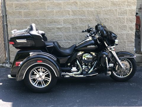 Pre-Owned 2015 Harley-Davidson Tri Glide Ultra Classic